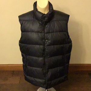 American Eagle Outfitters Pufffer Vest Small